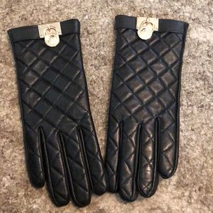 Quilted Leather Michael Kors Gloves